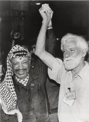 С Арафатом в первый день его прибытия в Газу, 1994 год